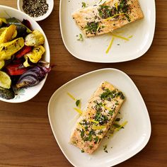 Enjoy a tasty and delicious meal with your loved ones. Learn how to make Lemon-Herb Roasted Salmon & see the Smartpoints value of this great recipe. Wheat Free Recipes, Ww Recipes, Low Calorie Recipes, Salmon Recipes, Seafood Recipes, Great Recipes, Healthy Recipes, Recipes Dinner, Favorite Recipes