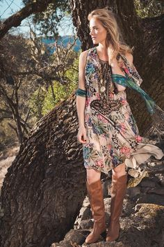 Emily Wickersham changes seasons in a flowy boho dress and tall leather boots. Printed scarves and windy hair are in, too! Frye Boots Outfit, Emily Bishop, Emily Wickersham Ncis, Fall Outfits, Fashion Outfits, Eliza Dushku, Celebs, Female Celebrities, Woman Crush