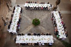www.italianfelicity.com #weddinginitaly #weddingreception #longtables