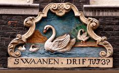 Gevelsteen SWAANENDRIFT | by Vereniging Vrienden van Amsterdamse Gevelstenen