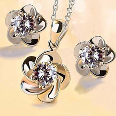 Set Whit Swarovski® Elements Flower Platinum Silver Cubic Zirconia Gift Box Kb3