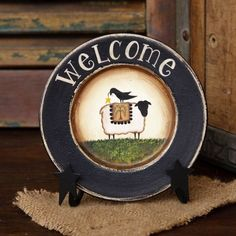 """Primitive Wooden Welcome Plate - Round 5 1/2"""" dia-New"""