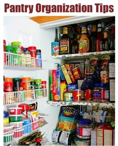 12 Ways to Organize Your Pantry! {no more clutter with these simple tips and tricks!} #kitchens #pantry