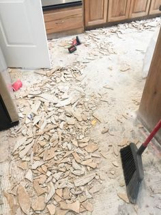 How to remove tile flooring yourself with tips and tricks tile how to remove tile flooring yourself with tips and tricks solutioingenieria Images