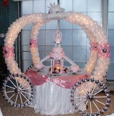 wedding cake table or princess party table. I have a friend that has a ballon buisness for. Cinderella Theme, Princess Theme, Cinderella Wedding, Cinderella Carriage, Wedding Disney, Disney Theme, Princess Birthday, Cinderella Coach, Princess Sweet 16