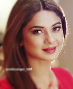 New Fashion : Janifer Winget Beautiful Bollywood Actress, Most Beautiful Indian Actress, Beautiful Actresses, Jennifer Winget Beyhadh, Indian Natural Beauty, Profile Picture For Girls, Beautiful Smile, Beauty Queens, Beauty Women