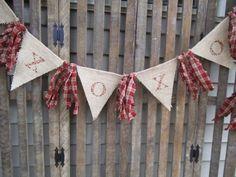 Love Banner Burlap Garland Wedding Banner by RagsandBerries Valentines Day Hearts, Valentine Day Love, Valentine Day Crafts, Valentine Banner, Valentine Ideas, Burlap Garland, Rag Garland, Burlap Banners, Burlap Bunting