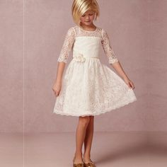 I found some amazing stuff, open it to learn more! Don't wait:http://m.dhgate.com/product/new-arrival-knee-length-flower-girls-dresses/390071419.html