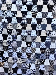 Progress and my Inspiration for the Squat Tumbler Quilt – If it ...