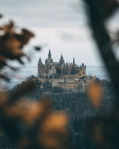 Hohenzollern Castle by : Turkey Country, Writing Fantasy, Pictures Of People, Fantasy Inspiration, Cool Photos, Germany, Relax, World, Building