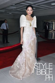 Marie Lozano reworked her mom's vintage terno for a recent State of the Nation address of the PHL President