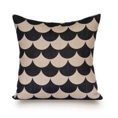 Kemi 1 pillow by Rogue du Rhin Paris via Fab