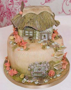 Is it a hobbit cake or a delightful Polynesian domicile? Either way, too lovely to eat!
