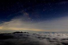月夜の雲 | 北八ヶ岳 北横岳ヒュッテ