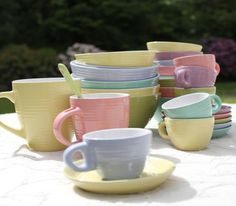 DreamDecorDesign.com <3   Kitchen Pastels