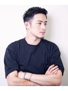 Handsome Asian Men, Pale Face, Hair Arrange, Japanese Hairstyle, Hot Hunks, Haircuts For Men, Hair Cuts, Hair Beauty, Mens Fashion