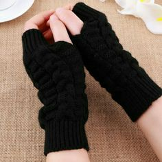 Sale Fingerless Womens Gloves Black NW Brand New Bundle & save up to 30 % OFF No PayPal No Trade Color : Black zdazzled Accessories Gloves & Mittens