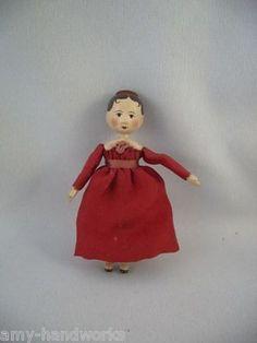 Gail Wilson Tiny Peg Wooden Tuck Comb Doll 2008 Original Not From Kit Dollhouse Dolls, Miniature Dolls, Antique Dolls, Vintage Dolls, Paper Mache Head, Peg Wooden Doll, Art Dolls, Dolls Dolls, Tiny Dolls
