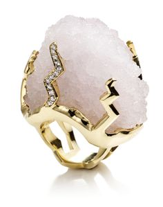 Kara Ross raw quartz Petra ring.