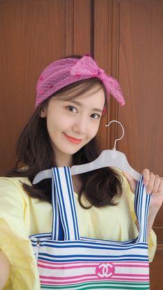 190526 YoonA - Photos from YoonA's birthday party via Limyoonabar HQ: Im Yoona, Kim Hyoyeon, Sooyoung, Kpop Girl Groups, Korean Girl Groups, Kpop Girls, Kwon Yuri, Popular Girl, Korean Actresses