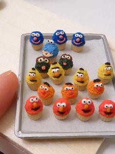 Mini Sesame Street cupcakes - Grover, Cookie, Oscar, Bert, Ernie and Elmo!