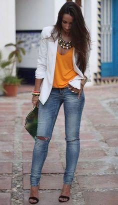 combinar una blusa naranja