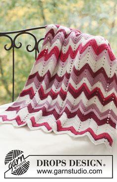 "My absolute favorite and go to design for ""chevron"" aka Zig Zag crochet afghans! Zig Zag Crochet, Crochet Afghans, Chevrons Au Crochet, Plaid Au Crochet, Motifs Afghans, Motif Zigzag, Grannies Crochet, Crochet Ripple, Manta Crochet"