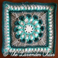 This is the final Square of the Mandala Blanket CAL Add to your Favorites/Queue on Ravelry Materials: Lion Brands Vanna's Choice (Worsted Weight Yarn) I Crochet Hook Yarn Needle Difficulty: Experienced Gauge: = Approx 1 inch Size: x Sti Grannies Crochet, Crochet Squares Afghan, Bag Crochet, Crochet Blocks, Granny Square Crochet Pattern, Crochet Stitches Patterns, Crochet Motif, Crochet Yarn, Stitch Patterns