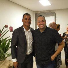 Tempo Especial com o Pr Ronny Oliveira - Argentina @prronnyoliveira Alegria em receber um novo do Pai através de sua Vida