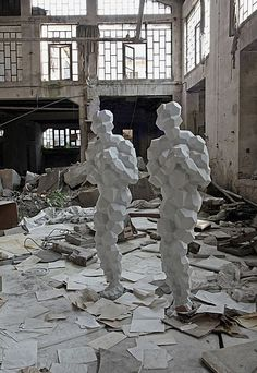antony gormley notable feature is the polygon form of the people, very little detail but still gives the full idea Antony Gormley Sculptures, Modern Art, Contemporary Art, Bokashi, 3d Figures, Art Sculpture, A Level Art, Outdoor Art, Land Art