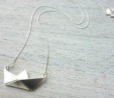 Collier court de bateau de papier bijoux nautique par shlomitofir, $58.00