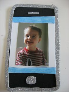Father's Day Crafts Galore - No Time For Flash Cards Crafts To Make, Crafts For Kids, Arts And Crafts, Fathers Day Frames, Mother And Father, Mothers, Daddy Day, Grandparents Day, Art Lessons