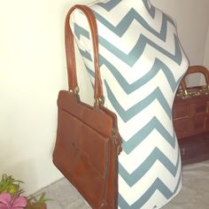 Pure Leather Handbag Purchased in Columbia! Vintage style and extremely gorgeous! Tempo  Bags Shoulder Bags