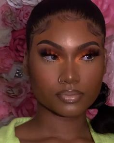 Makeup Tutorial For Black Women Videos Black Girl Makeup Natural Black Makeup Makeupdolls makeuplife makeupporn tutorial Videos Women Cute Makeup Looks, Makeup Eye Looks, Creative Makeup Looks, Gorgeous Makeup, Pretty Makeup, Flawless Face Makeup, Black Girl Makeup Natural, Makeup For Black Skin, Orange Makeup