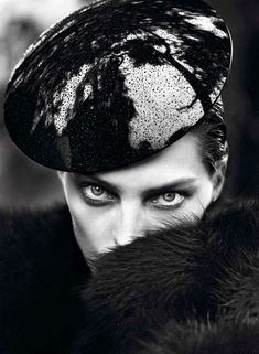 'Le Noir Partie 4' Vogue Paris - Channeling the rich tones of nature, the 'Le Noir Partie 4' Vogue Paris editorial showcases a raven-like Daria Werbowy.   Lensed by Mer...