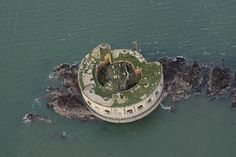 Stack Rock Fort, off the coast of Milford Haven in Pembrokeshire, is being billed as an 'amazing opportunity to own a real piece of history. Milford Haven, Old Fort, Big Guns, Snowdonia, Has Gone, Medieval Fantasy, To Go, Island, Cymric