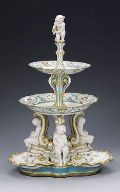A Minton Sévres-inspired three-tiered custard stand, ca. 1850-1851.