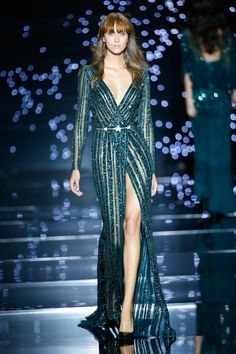 Zuhair Murad Couture Fall/Winter 2015 2016 - Chernaya Bridal House #hautecouture #luxury #CBH #CBHStyle #EveningWear