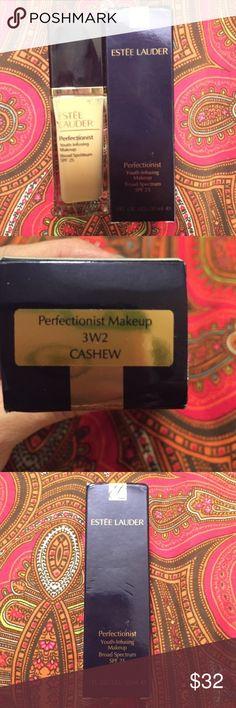 Estée Lauder Perfectionist Foundation Cashew Never opened or used brand-new bottle of Estee Lauder perfectionist foundation in shade Cashew 3W2. Purchased wrong color. Estee Lauder Makeup Foundation