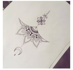 tattoo no meio peito - Tattoos - Tatouage Sternum Tattoo Design, Tattoo Henna, Unalome Tattoo, Tattoo Designs, Mandala Sternum Tattoo, Sternum Tattoos, Anklet Tattoos, Henna Art, Foot Tattoos
