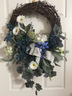 Blueberry Wreath White Daisies Elegant Floral Arrangements