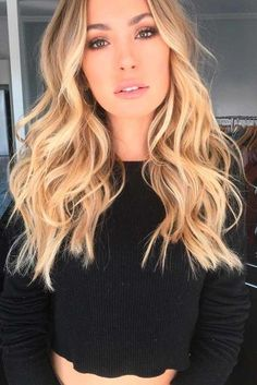 Golden Ombre Blonde Tones Ombre doesn't have to be drastic, and this gorgeous golden blonde ombre is proof positive! Ask your colorist to start with your natural medium blonde roots and add in multi tones of honey and golden blonde highlights with the ends being just a subtle shade or two lighter for a look that's sophisticated and sexy!