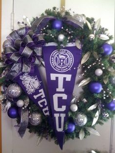 TCU wreath