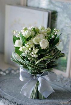 Flowers Flowers brought to you by beeeeeeeees http://www.backwardsbeekeepers.com/p/how-to-videos.html