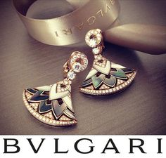 Diva Bvlgari Perfume Forums at its most #exquisite in these earrings from the High #Jewellery #collection. Featuring their iconic motif, they are finished with brilliant #diamonds and lush carved lines.@BVLGARI.