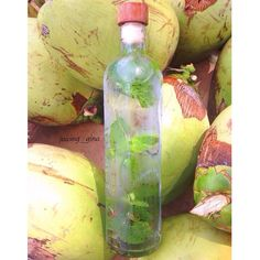 Amazing coconut & mint water