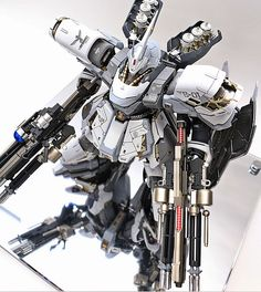 MG 1/100 MSN-04 Snow Sazabi - Custom Build     Modeled by ihaveyen