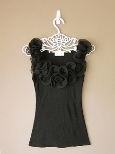 Black rosette tunic top