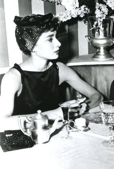 Audrey during the filming of Sabrina, Sabrina Audrey Hepburn, Audrey Hepburn Style, Golden Age Of Hollywood, Classic Hollywood, Old Hollywood, Paris Movie, Sabrina 1954, Lonely Heart, Brigitte Bardot