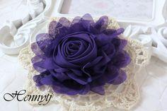 Neu: Gladys Sammlungen  lila 5 chiffon gerollt Rose